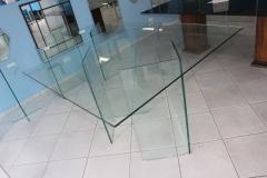 Mesa-e-base-de-vidro
